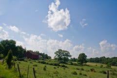 Grote gebied en schuur in landelijk Pennsylvania Stock Foto