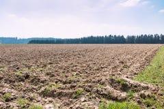 Grote gebieden in het midden van het Duitse platteland met heuvels, bossen en weiden royalty-vrije stock foto