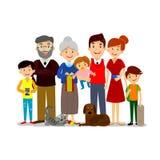 Grote gelukkige familie Ouders met kinderen Vader, moeder, kinderen, opa, oma, hond en kat Stock Afbeelding