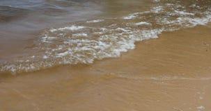 Grote golven op de oceaan stock video