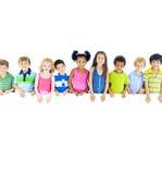 Grote Groep de Raad van de Kinderenholding royalty-vrije stock fotografie