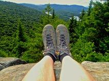 Grote hicking dag bij de berg stock afbeelding