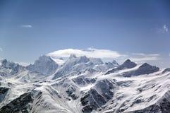 Grote hoge berg. Royalty-vrije Stock Afbeeldingen