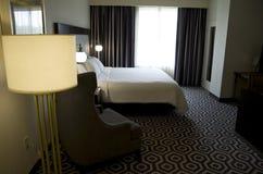 Grote hotelruimte royalty-vrije stock afbeeldingen