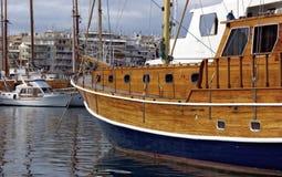 Grote houten boot stock fotografie