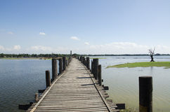 Grote houten brug Royalty-vrije Stock Fotografie