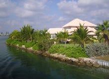 Grote Huizen op Grote Kaaiman Royalty-vrije Stock Afbeelding