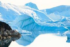 Grote ijsbergen in Ilulissat icefjord, Groenland royalty-vrije stock afbeeldingen