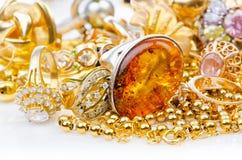 Grote inzameling van juwelen royalty-vrije stock afbeelding