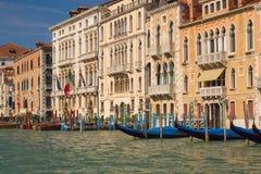 Grote Kanaal en gondels (Venetië, Italië) Royalty-vrije Stock Foto's