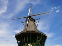Grote klassieke windmolen stock foto's