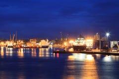 Grote leveringsboten in de haven van Aberdeen op 27 Januari 2016 Stock Fotografie