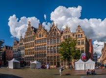 Grote Markt, ayuntamiento de Amberes, paisaje urbano de Amberes foto de archivo libre de regalías