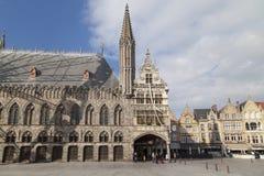 Grote Markt de Ypres foto de archivo