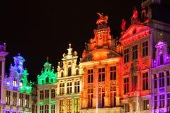 Grote Markt - der Hauptplatz und das Rathaus von Brüssel Stockbilder