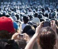 Grote menigte van mensen Stock Foto's