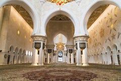 Grote Moskee Abu Dhabi - Binnenland Royalty-vrije Stock Fotografie