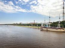 Grote Novgorod - rivier Volkhov Royalty-vrije Stock Afbeeldingen