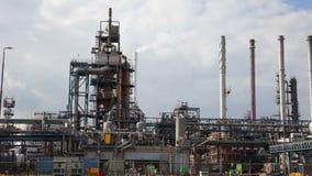 Grote olieraffinaderij, Rotterdam stock videobeelden