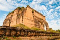 Grote onvolledige pagode Royalty-vrije Stock Foto