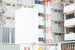 Grote Opslagtank bij de bouw Stock Fotografie