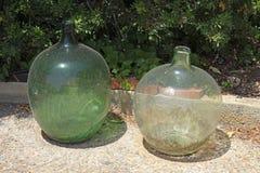 Grote oude glaskruiken Stock Afbeelding