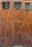 Grote oude houten poort Royalty-vrije Stock Foto's