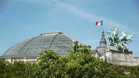 Grote Palais in Parijs, Frankrijk stock footage
