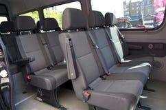 Grote passagiersbestelwagen Royalty-vrije Stock Foto's
