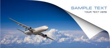 Grote passagiersvliegtuigen in blauwe hemel. Prentbriefkaar Stock Afbeelding