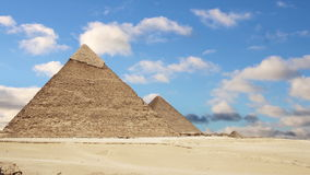 Grote Piramides van Giza kaïro Egypte Geschoten op Canon 5D Mark II met Eerste l-Lenzen stock videobeelden