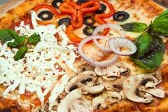 Grote Pizza Royalty-vrije Stock Afbeeldingen