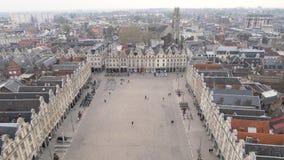 Grote plaats (stadsvierkant) in Arras, Frankrijk stock videobeelden
