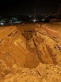 Grote rechthoekige opgegraven kuil royalty-vrije stock fotografie