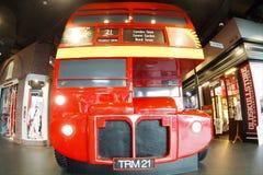 Grote Rode Bus Stock Afbeelding
