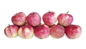 Grote rode geïsoleerde appelen Stock Afbeeldingen