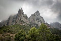 Grote rotsen bij Montserrat berg, Catalonië, Spanje Royalty-vrije Stock Fotografie