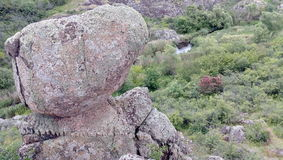 Grote rotsen van reusachtige canion Stock Afbeelding