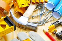 Grote samenstelling van bouwhulpmiddelen Stock Afbeelding