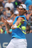 Grote Slagkampioen Rafael Nadal van Spanje in de praktijk voor US Open 2016 in Billie Jean King National Tennis Center Stock Fotografie