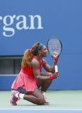 Grote Slagkampioen Serena Williams tijdens vierde ronde gelijke bij US Open 2013 Royalty-vrije Stock Foto