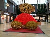 Grote teddybeer stock foto