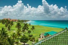 Grote verbazende brede open mening van tropische backgroun Royalty-vrije Stock Afbeelding