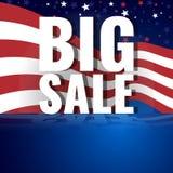 Grote verkoop Abstracte Amerikaanse achtergrond met golvende gestreepte vlag en sterrig patroon Stock Foto
