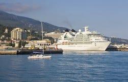 Grote voering in haven, Yalta Stock Afbeelding