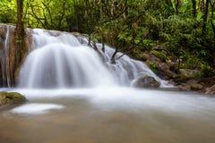 Grote Waterval inThailand Royalty-vrije Stock Afbeeldingen