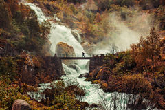 Grote waterval in Noorwegen Royalty-vrije Stock Fotografie