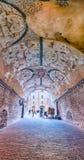 Groteska frescoes i ett välvt galleri i Assisi, centrala Italien Royaltyfria Foton