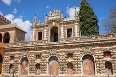 Groteske Galerie im wirklichen Alcazar von Sevilla Stockfotografie