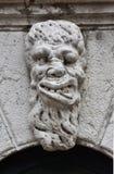 Grotesker Monsterkopf in Venedig Stockbilder